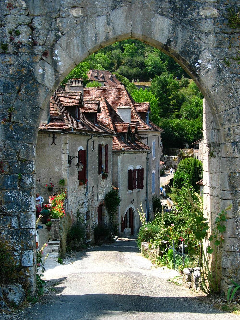 Street in Saint Cirque LaPopie.jpg