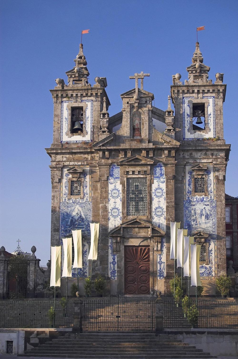 P_Porto_church.jpg