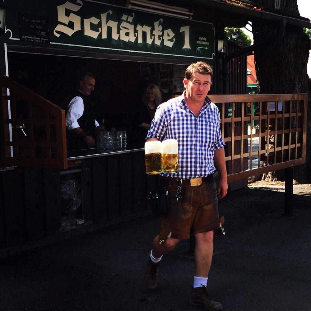 BeergartenMunich.JPG