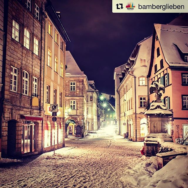 Winter wonderland iN Germany: beautiful Bamberg, an iNSIDE EUROPE favorite for it's rich history, stunning architecture and tasty craft beer 🍺! Have you been?  Repost @bamberglieben  #europeinsiders #wheretonext #travelgram #wanderlusting #bamberg #winterwonderland❄️ #letitsnow #thetravelclub #deutschlandreise #eatdrinkstay #travelexpert #hiddengems #unescoworldheritage #europebeertours #prost #craftbeerlove #visitfranconia #bamberglieben #favoriteplaces