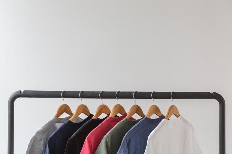mens-tshirts_925x.jpg
