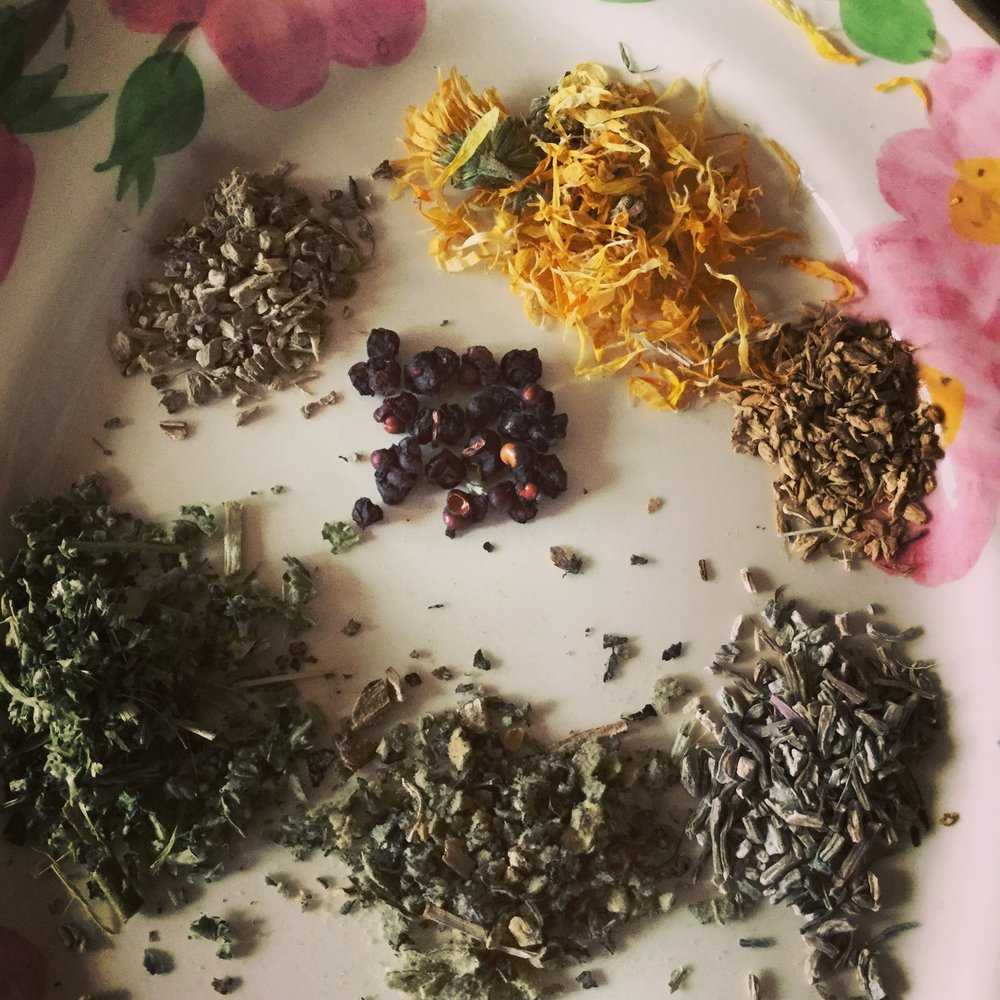 Here are the herbs in this tea---Elecampane, Mullein, Marshmallow, Calendula, Ginger, Schisandra berries, and Echinacea