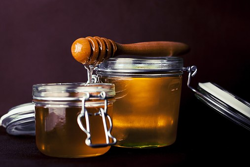 Besides being a broad remedy and cure for many things, honey is great for washing your face!
