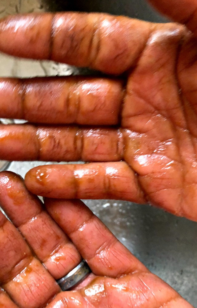 Brighten Up Your Skin This Fall with Pumpkin Sugar Scrub Recipe (You ...