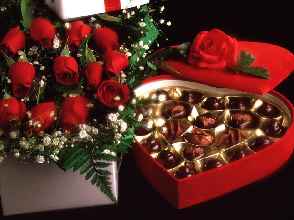 Valentines-Day-Gift-For-Him-Or-Her-With-Lovely-Flower-And-Heart-Wrap-For-Chocolate-Listed-In-Beautiful-Valentine-Day-Gift-Ideas