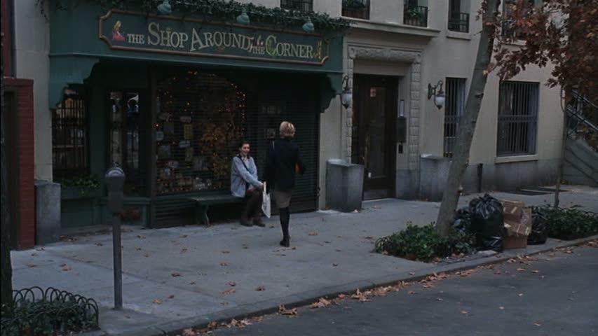 shop-around-the-corner-ext