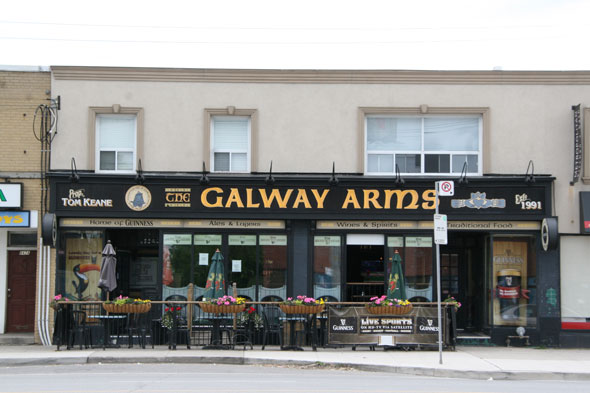 2011613-galway-arms
