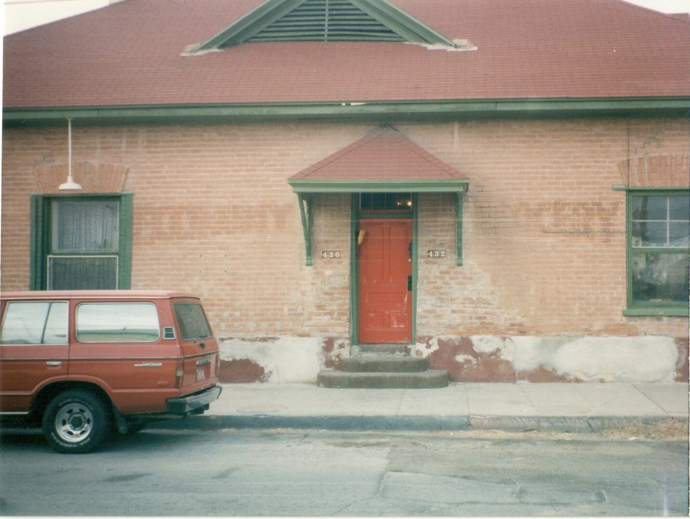 432-436 S. Convent has been vacant for many years. Photo taken December 1999.