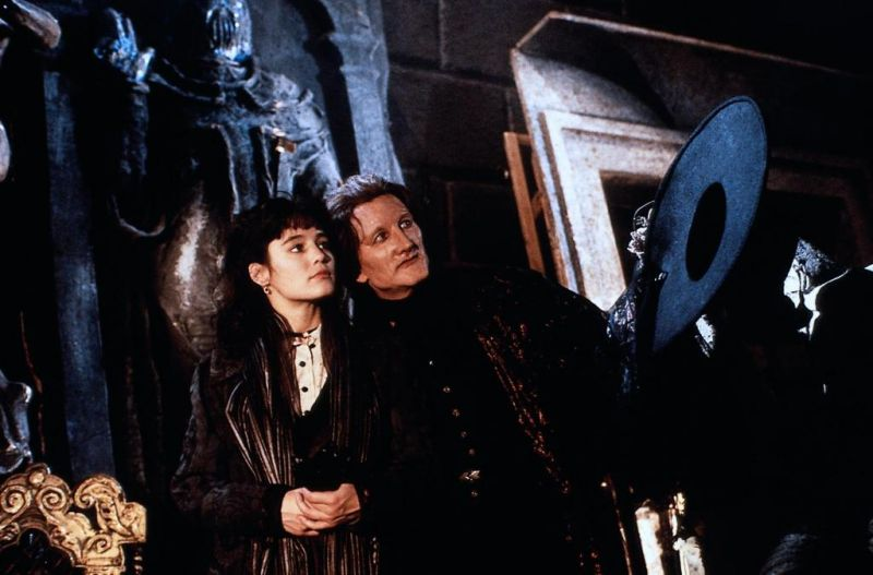 the-phantom-of-the-opera-1989-pic-1.jpg