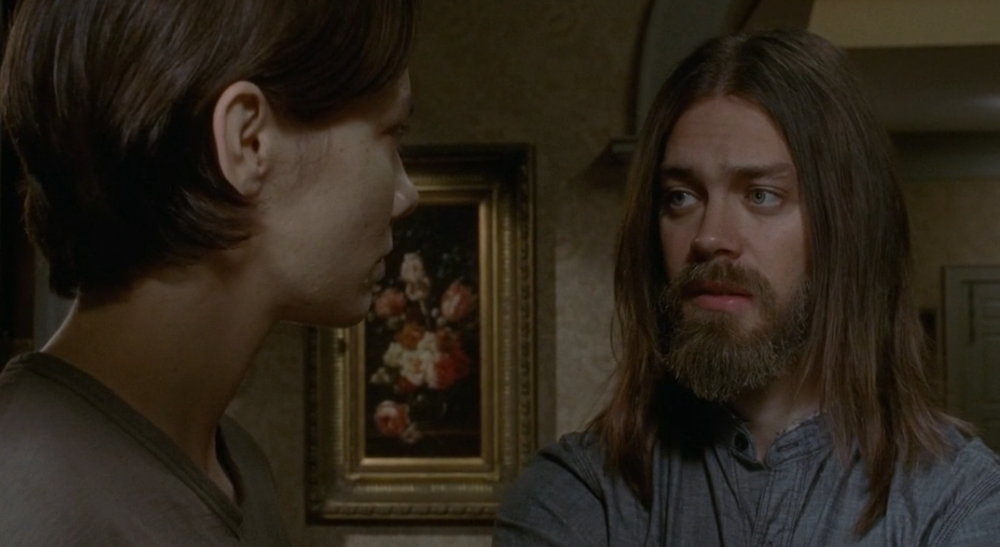 The-Walking-Dead-7.05-Go-Getters-Jesus-and-Maggie.png