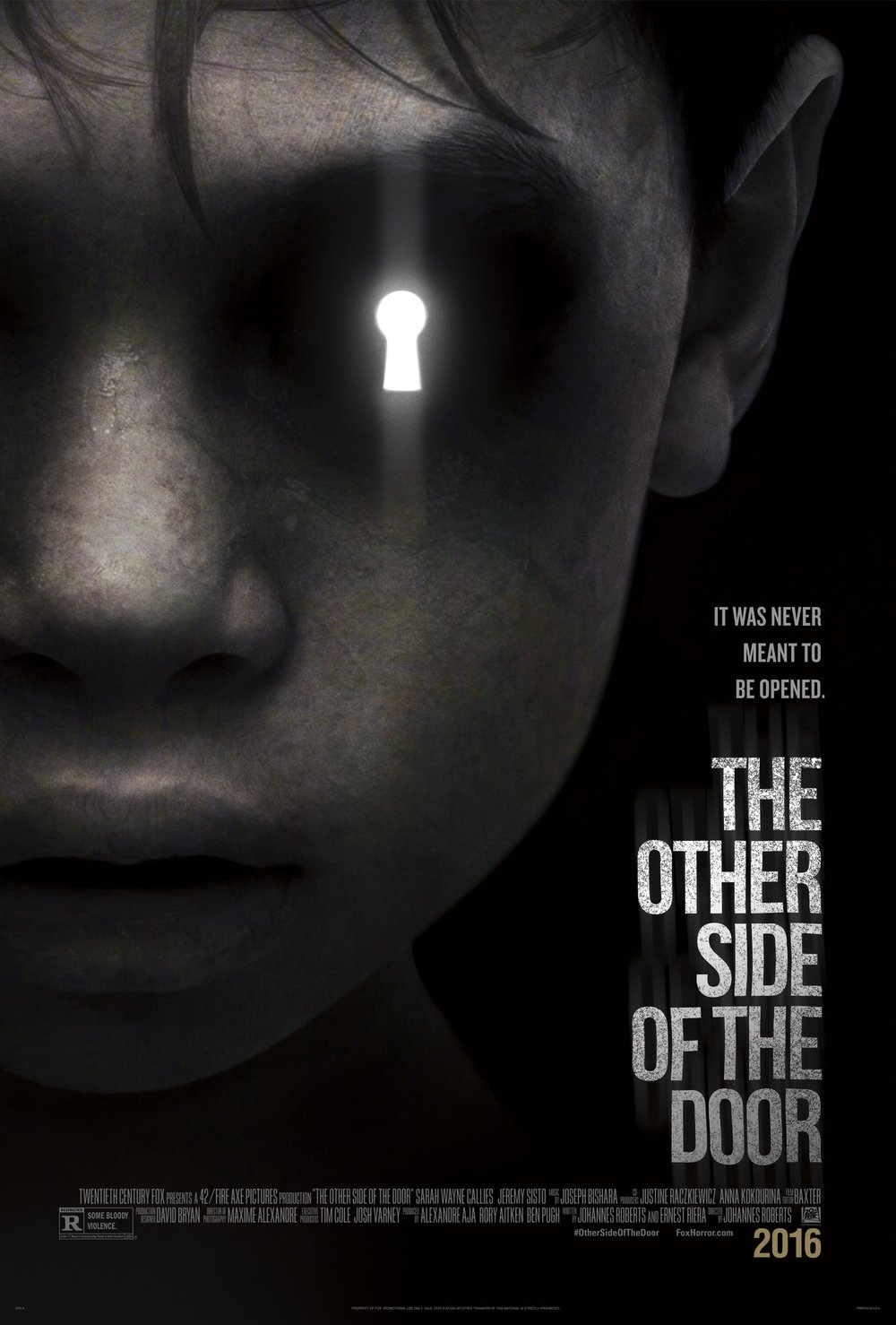 getmovieposter_the_other_side_of_the_door_1.jpg
