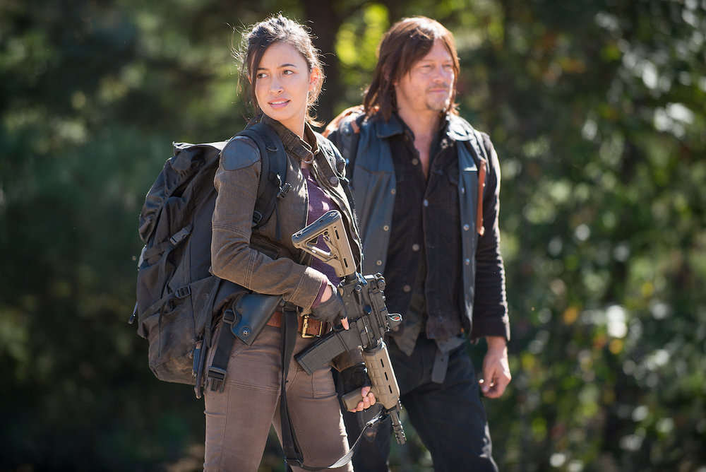 Rosita-and-Daryl-in-The-Walking-Dead-Season-6-Episode-14.jpg