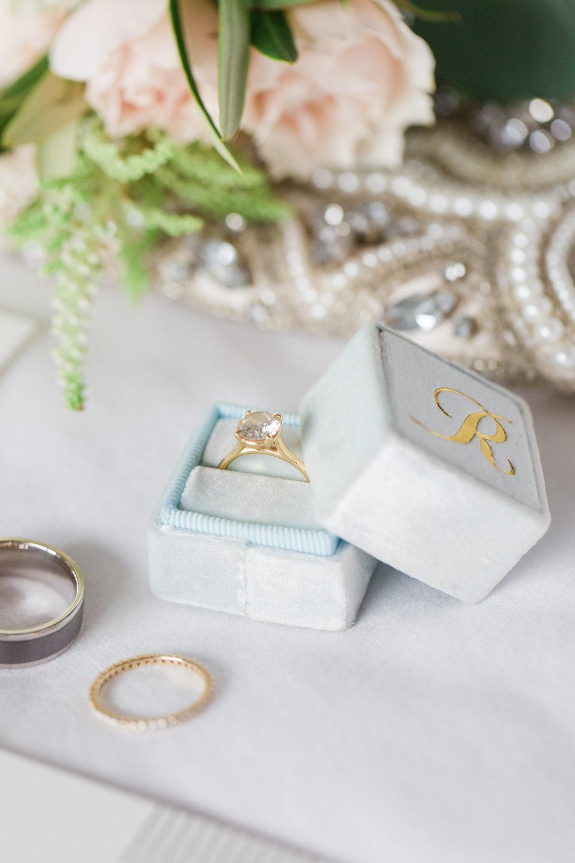 Matt Kate Married-Getting Ready-0007.jpg