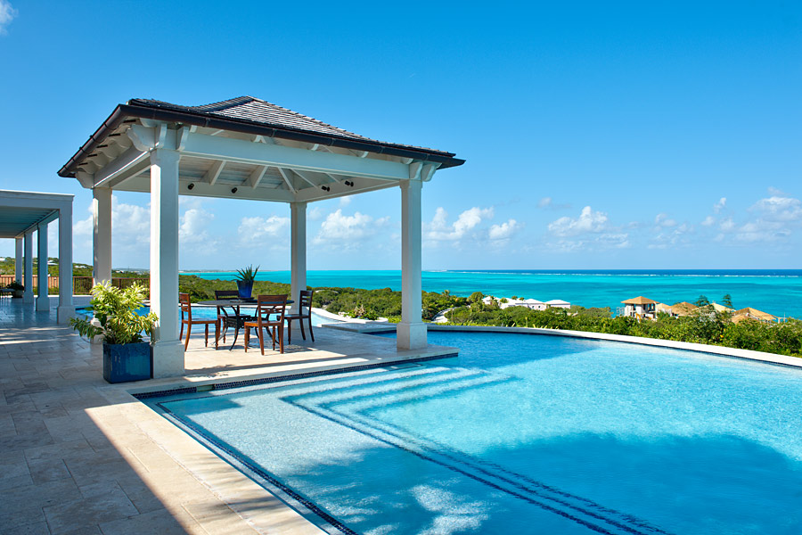 Breathtaking blues with a caribbean breeze