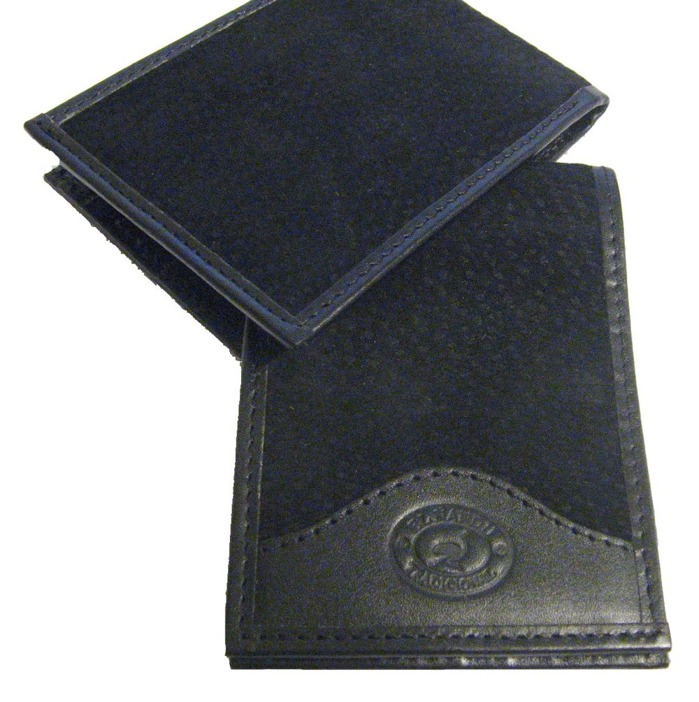 Negros (Black) Carpincho Hide Men's Billfold Wallet with Argentinean Cowhide Trim