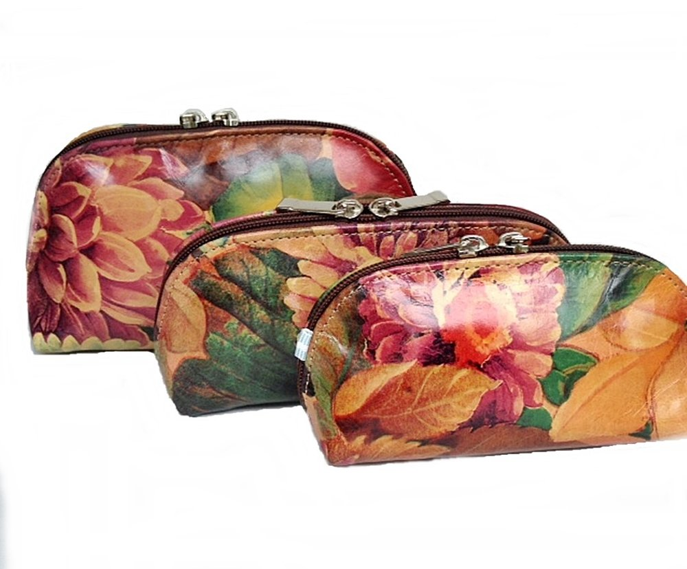 COSMETIC BAG SETS * WALLETS * WRIST-LETS * AND MANY MORE ACCESSORIES ONLINE!