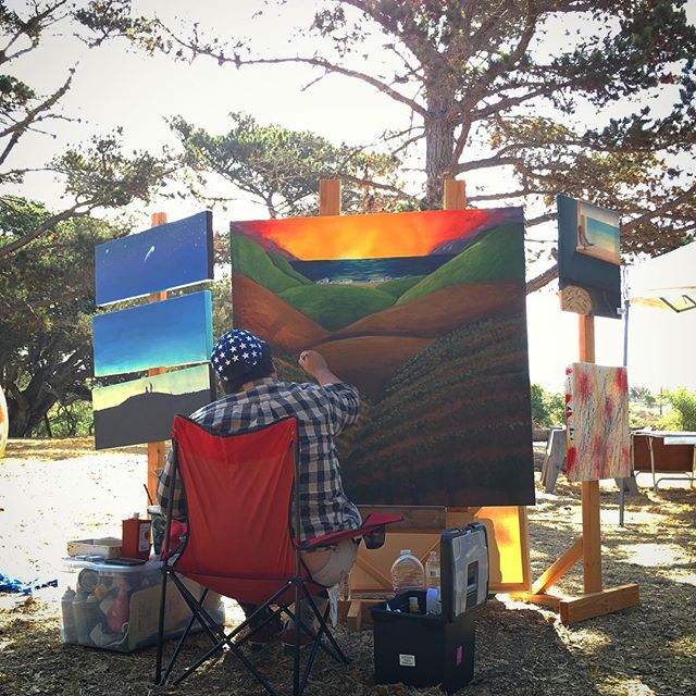 Were you able to check out @tjmorales09 while he created a 4'x4' painting each day of #sbclocalfest? Incredible 🎨 stuff!!! #localartist #vineyardpainting