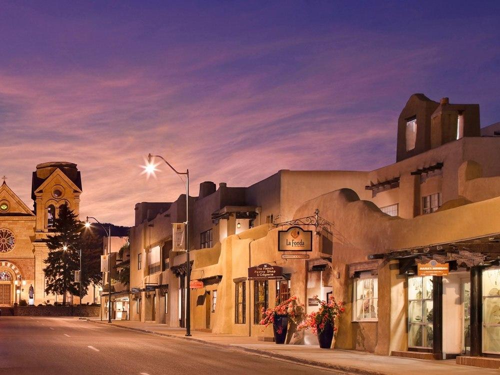 E San Francisco St in the Santa Fe Plaza