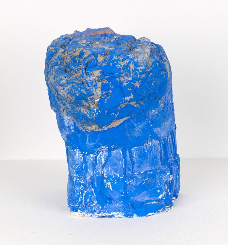 Portrait in Blue , 2018 Hydrocal, concrete, aluminum foil, flasche 11 x 7 x 8 in