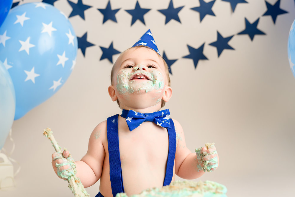 Cake smash, first birthday celebration, Photographer near Bournemouth