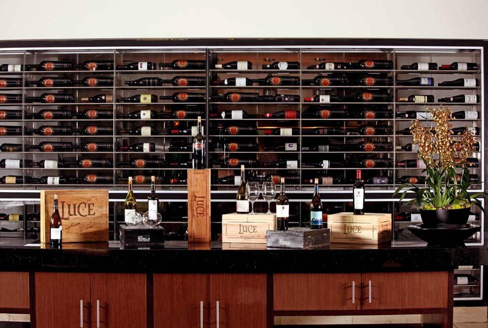 photos_luce_wine_display.jpg