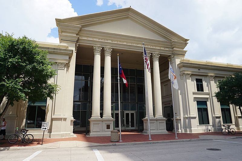 Fort_Worth_June_2016_27_(Fort_Worth_Public_Library).jpg