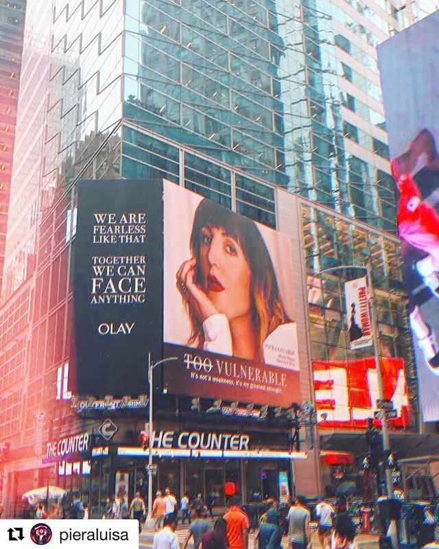 #Repost @pieraluisa with @get_repost ・・・ Interrupting my vacation programming with a wild update... my face is on a billboard in Times Square right now!!! 🤯 So thrilled to be one of the #FearlessNine women featured in @olay new #FaceAnything campaign. If you see the billboard, send me a pic please! Such an absolute joy to be alongside courageous game-changers who I deeply respect @_.iisuperwoman._ @denisebidot @alyraisman @elyse.fox @jillianmercado @mamacaxx @swimsuit_issue @heykayadams // 📸 @felicityingram captured in Times Square by @jeremyjanko (ty!)
