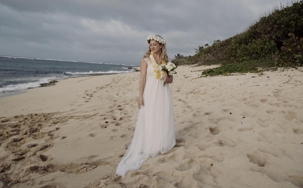 Minimal Millennial Weddings / Black Chalk Magazine / Courtney Barriger