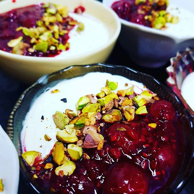 Last Friday's fundraising meal @milk_cafeglasgow serving traditional #palestinian #cuisine  Archetypal #levantine #soulfood - vermicelli rice and stews, and for dessert: #mahalabi aka *flower scented custard with raspberry compote and toasted #pistachios.