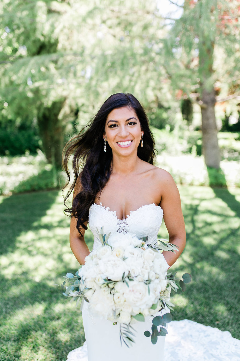 Park Winters Summer Wedding | Bridal Portrait | Bridal Bouquet | White Bouquet