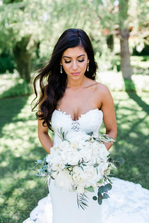 Park Winters Summer Wedding | Bridal Portrait | Bridal Bouquet | White Bouquet