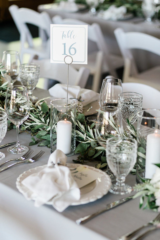 Park Winters Summer Wedding | Indoor Reception | Barn Wedding | Neutral Wedding | Wedding Tablesetting | Vintage Glassware