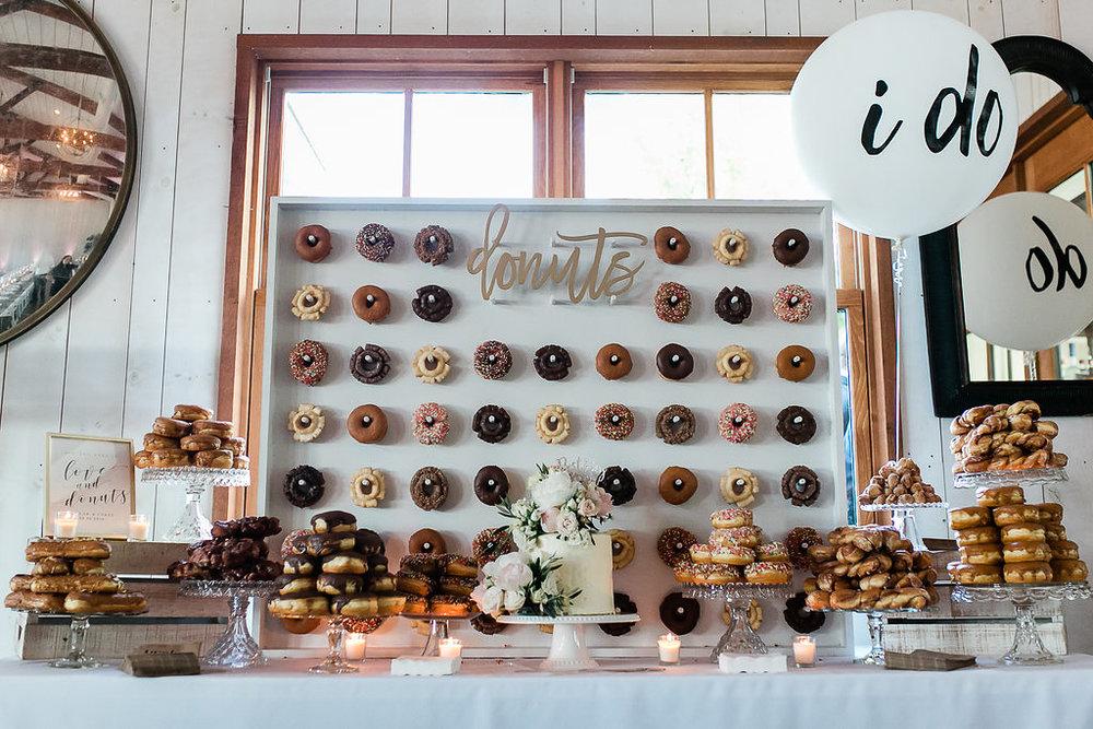 Park Winters Summer Wedding | Wedding Dessert | Wedding Donuts | Donut Wall | Unique Wedding Dessert Ideas | Pink Donuts