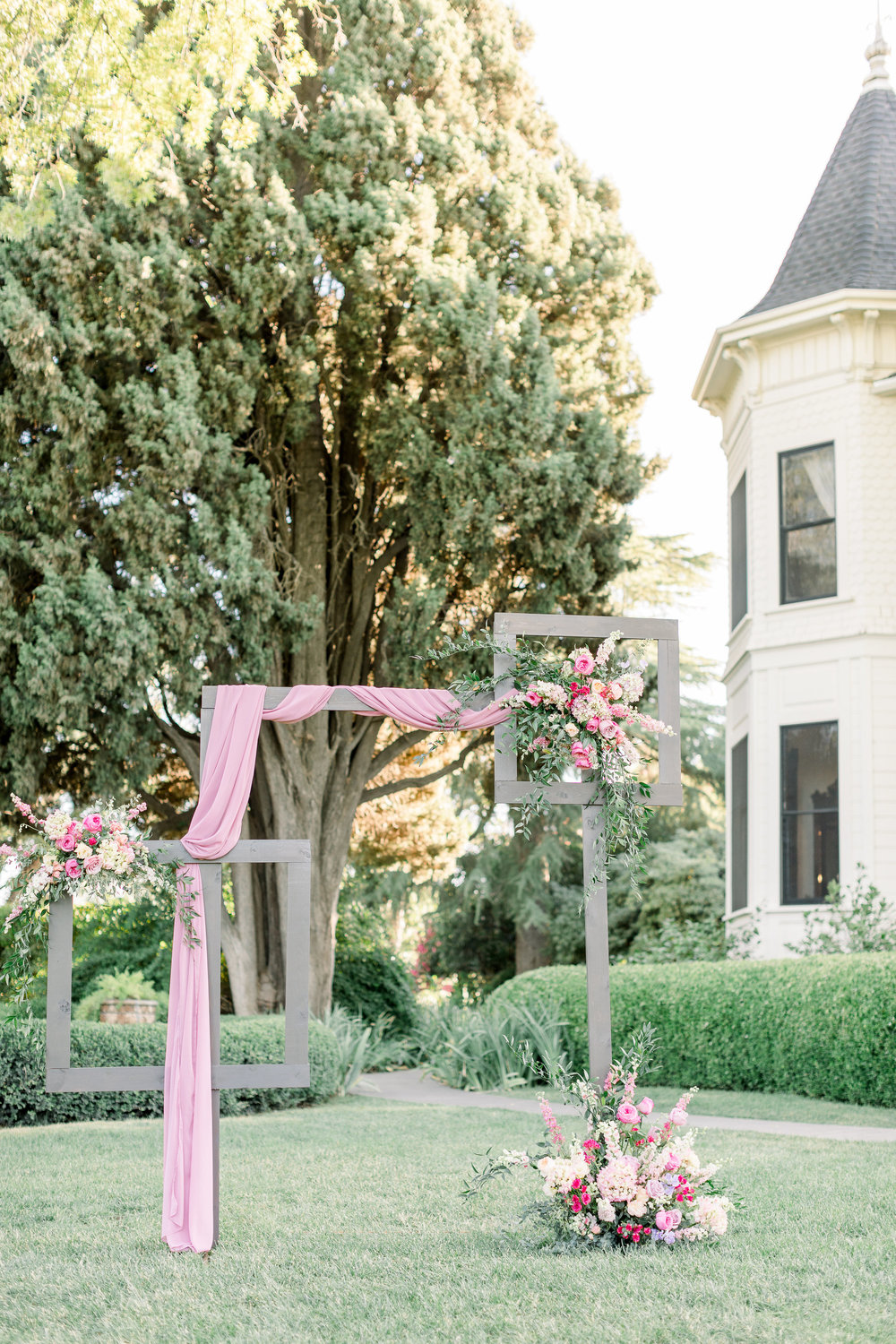 Pink Wedding | Feminine Wedding | Spring Wedding | Wedding Ceremony Arch | Unique Ceremony Arch