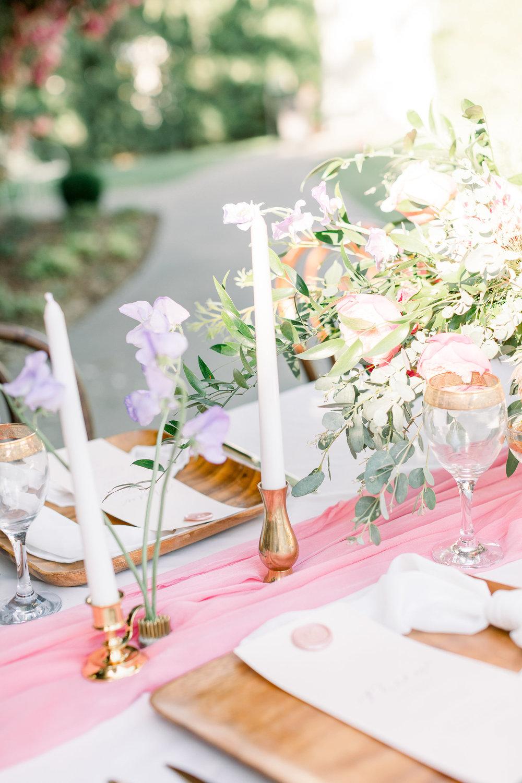 Pink Wedding | Feminine Wedding | Spring Wedding | Wedding Table Decor | Wedding Tablescape | Pink Wedding Flowers