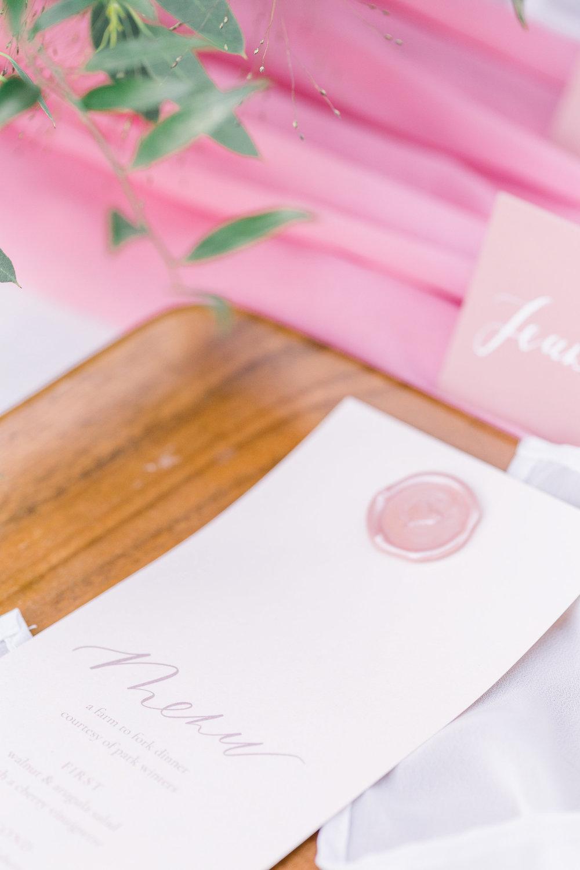Pink Wedding | Feminine Wedding | Spring Wedding | Wedding Table Decor | Wedding Menu | Pink Wedding Flowers