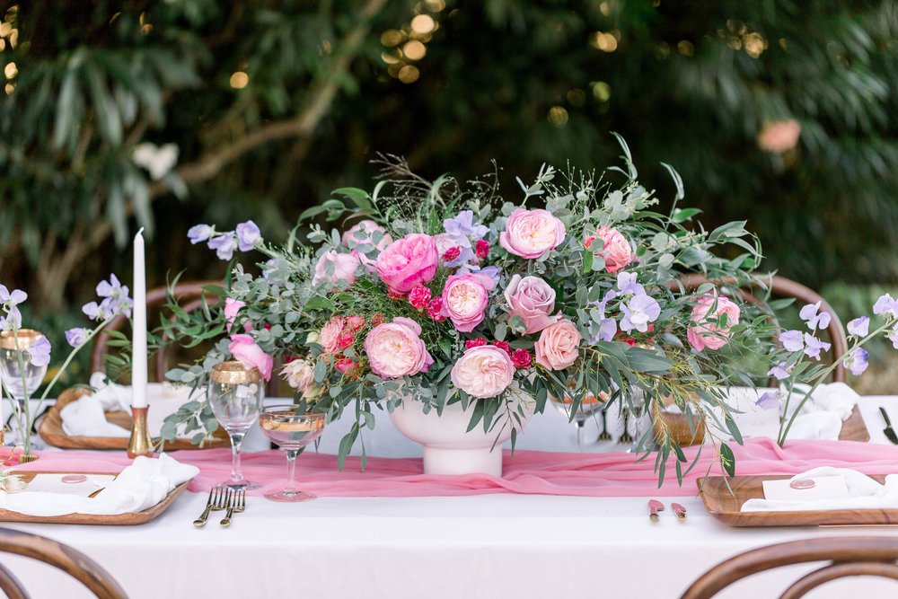 Pink Wedding | Feminine Wedding | Spring Wedding | Sweetheart Table | Pink Wedding Flowers