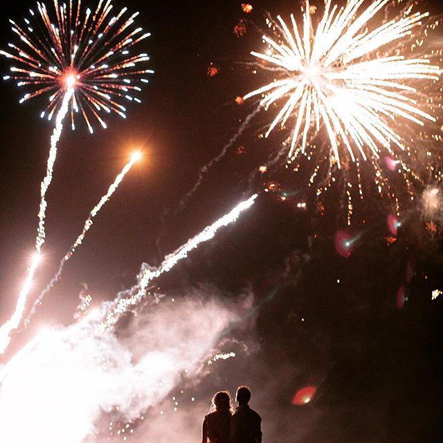 Hope everyone had a good night and wake up to a fresh year! #2019 #happynewyear2019 . . . . . . . #hawaiiphotographer #bigislandphotographer @fletchphotography @fshualalai #fshualalai #fourseasonshotel #fletchphotography #hawaiisbestphotos #nakedhawaii