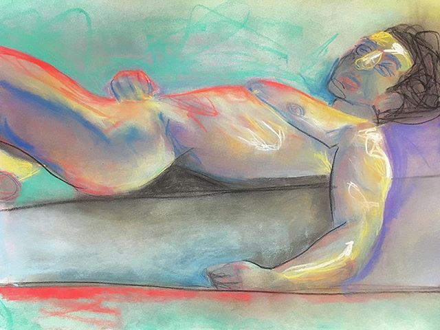 #creativeprocess #easel #composition #alotoffrustration #art #artsy #pastels #complementarycolors #colortheory #nude #model #naked #lifedrawing #drawing #value #drama