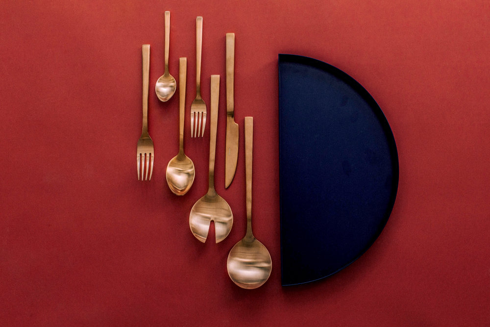 Featured: Kinnow Cuprum Cutlery Set, Kinnow Cutlery Aurum Server Set and AYTM Moon Plate