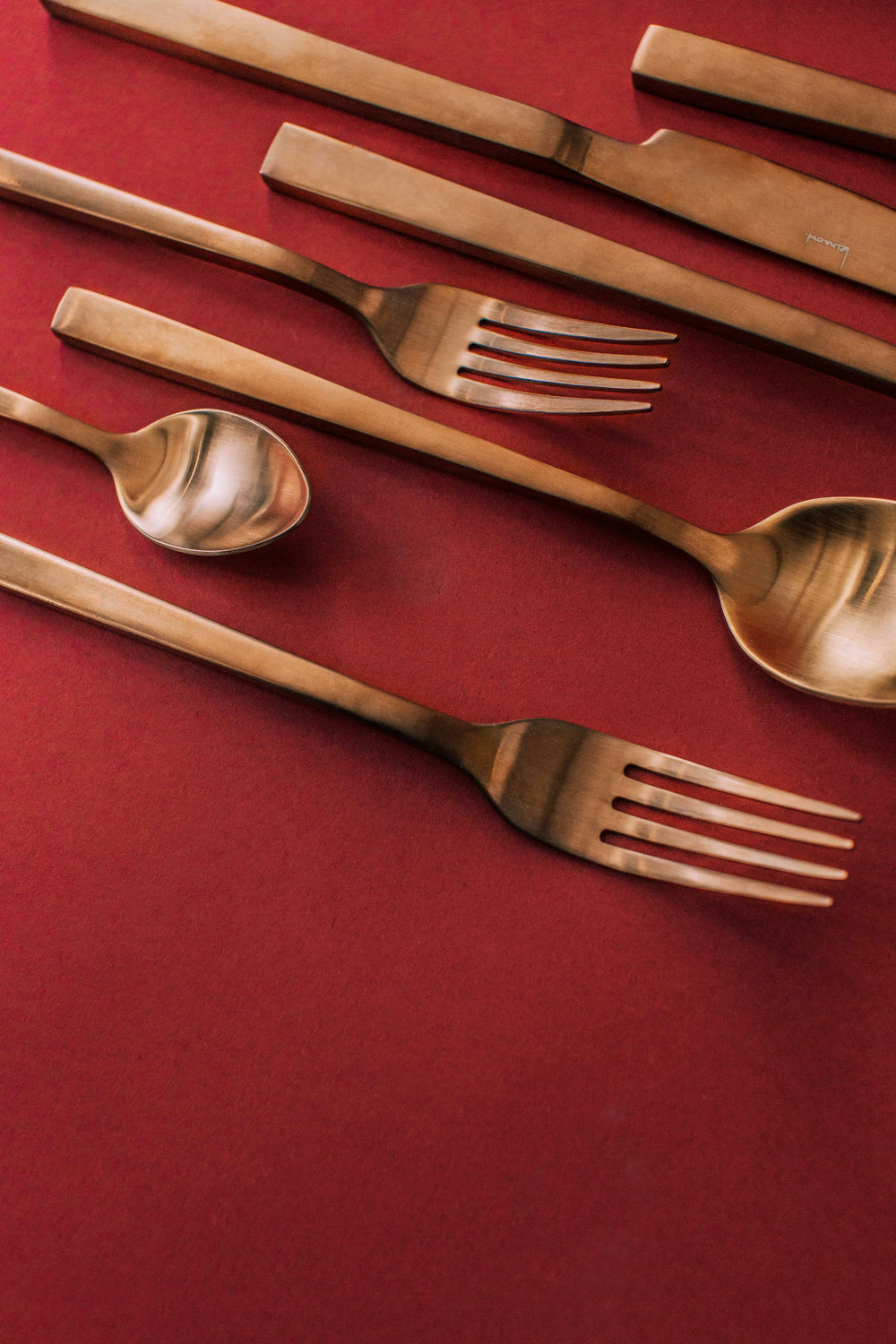 Featured: Kinnow Cuprum Cutlery Set