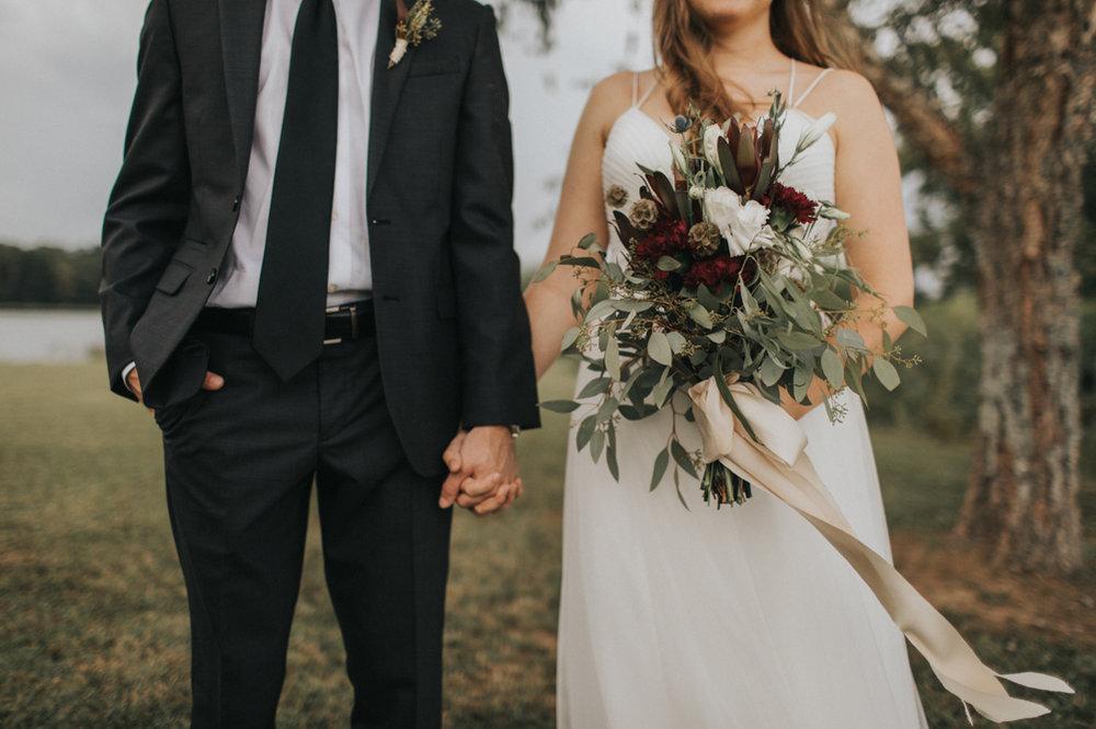 Waffle_House_Wedding_Mississippi_Wedding_Backyard_Wedding_Maine_Wedding_Sara_Gatlin (18 of 43).jpg