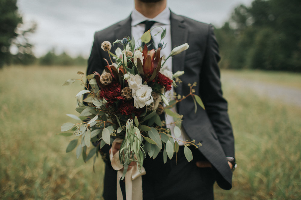 Waffle_House_Wedding_Mississippi_Wedding_Backyard_Wedding_Maine_Wedding_Sara_Gatlin (24 of 43).jpg
