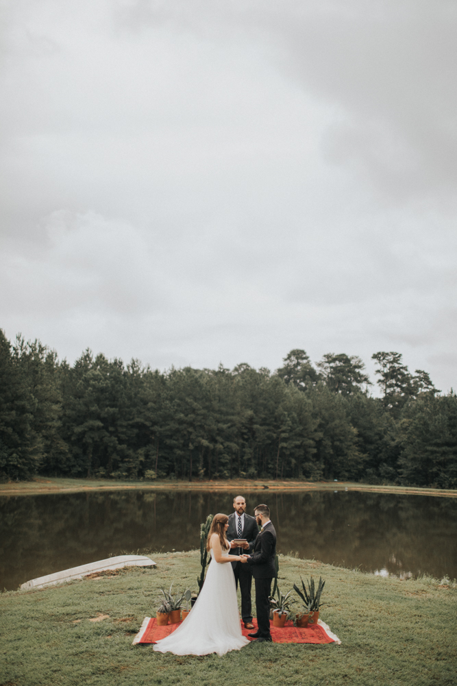 Waffle_House_Wedding_Mississippi_Wedding_Backyard_Wedding_Maine_Wedding_Sara_Gatlin (27 of 43).jpg