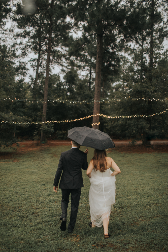Waffle_House_Wedding_Mississippi_Wedding_Backyard_Wedding_Maine_Wedding_Sara_Gatlin (30 of 43).jpg