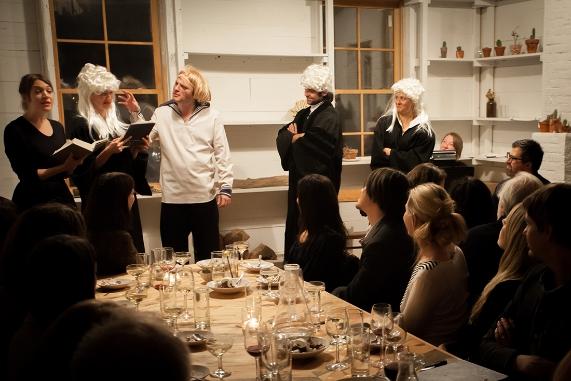 dinner_theatre04.jpg