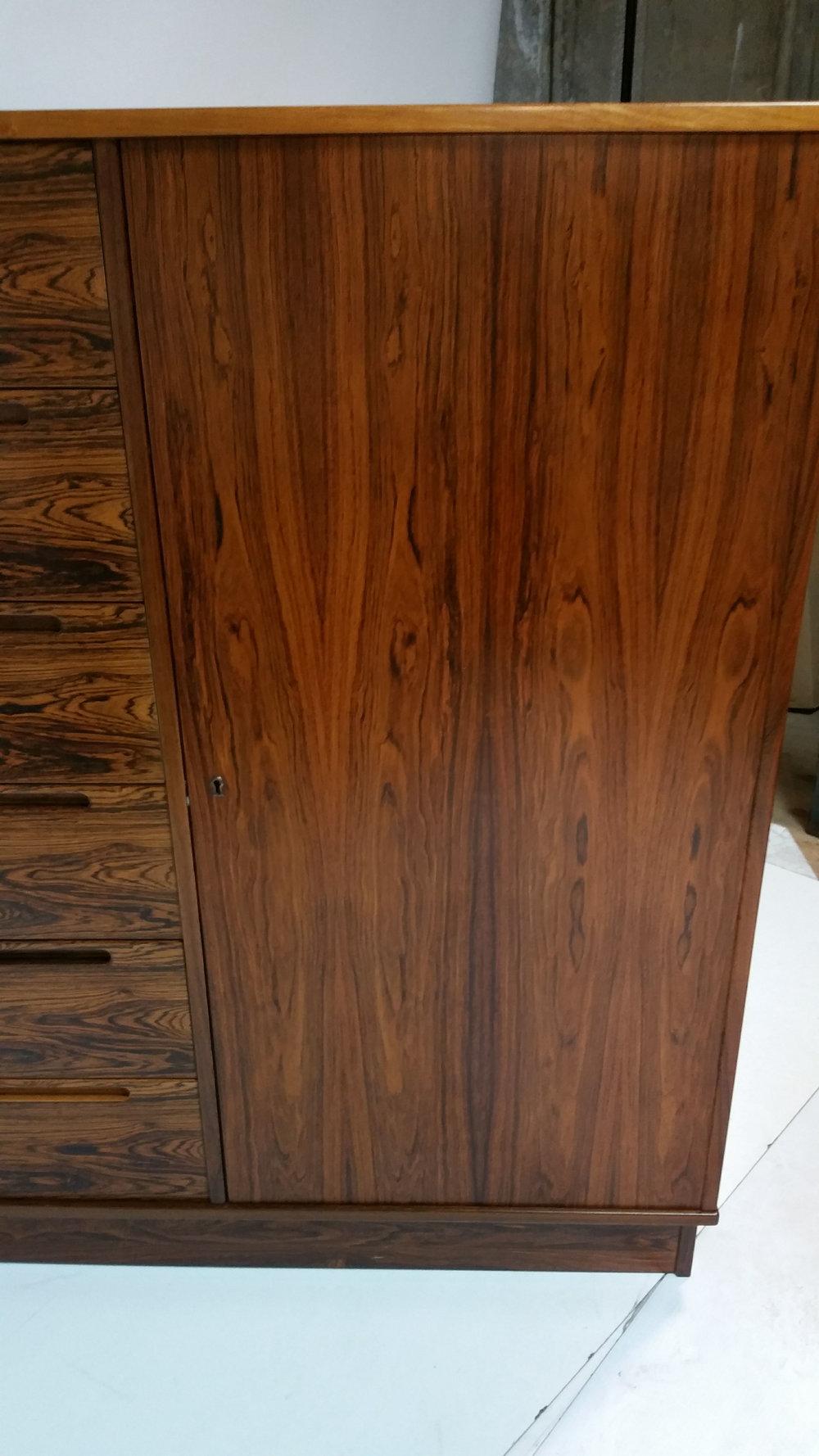 Rosewood Dresser6.jpg