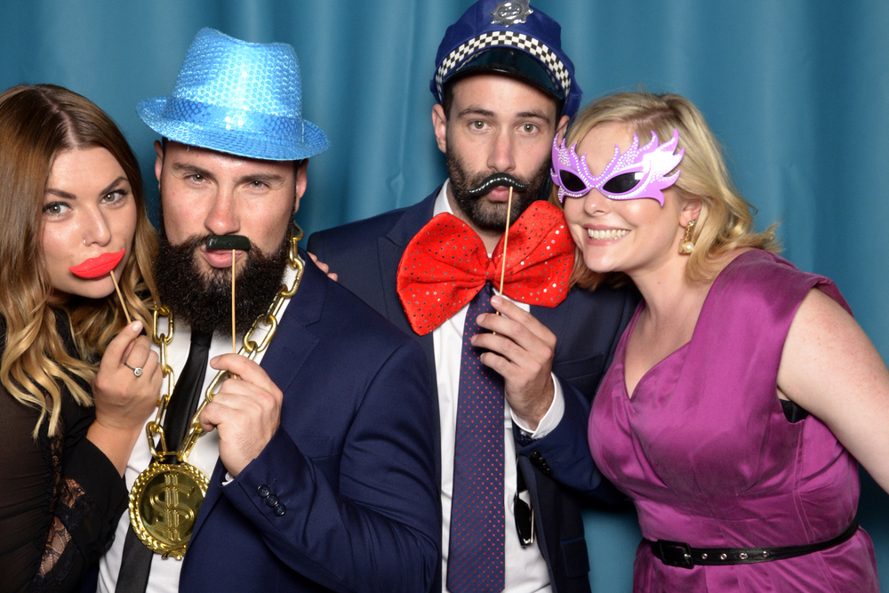 bearbooth-photobooth-backdrop-teal.jpg