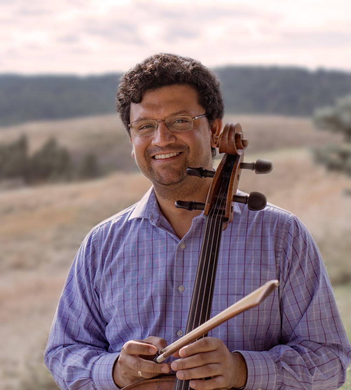 Dr. Ismar Gomes , Cello