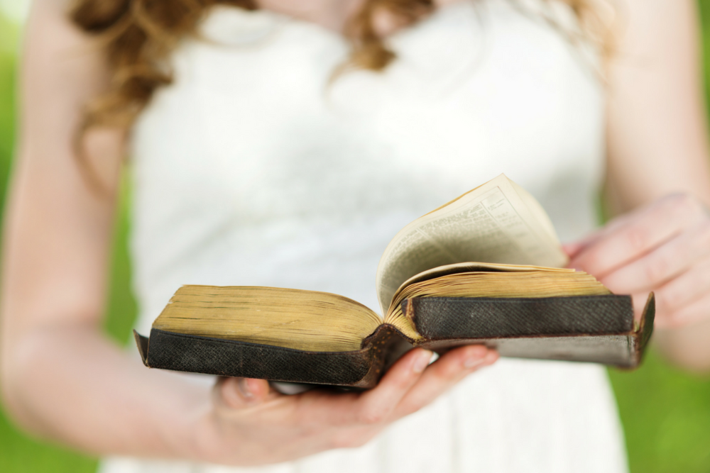 15 Bible verses for military spouses facing deployment